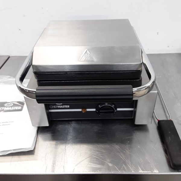 New B Grade Chefmaster HEB081 Double Waffle Maker(9640)