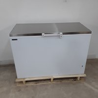 New B Grade Tefcold GM400SS Chest Freezer(H9663)