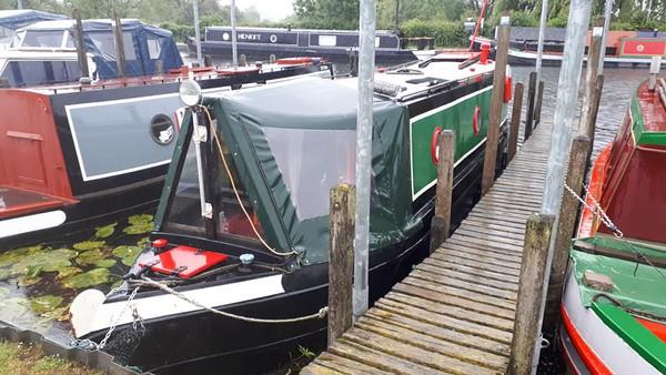 Front end narrowboat