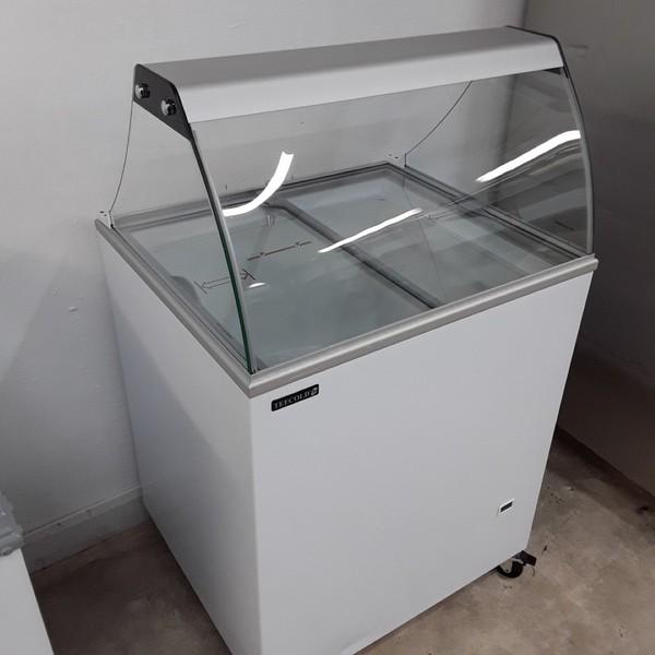 Used display fridge