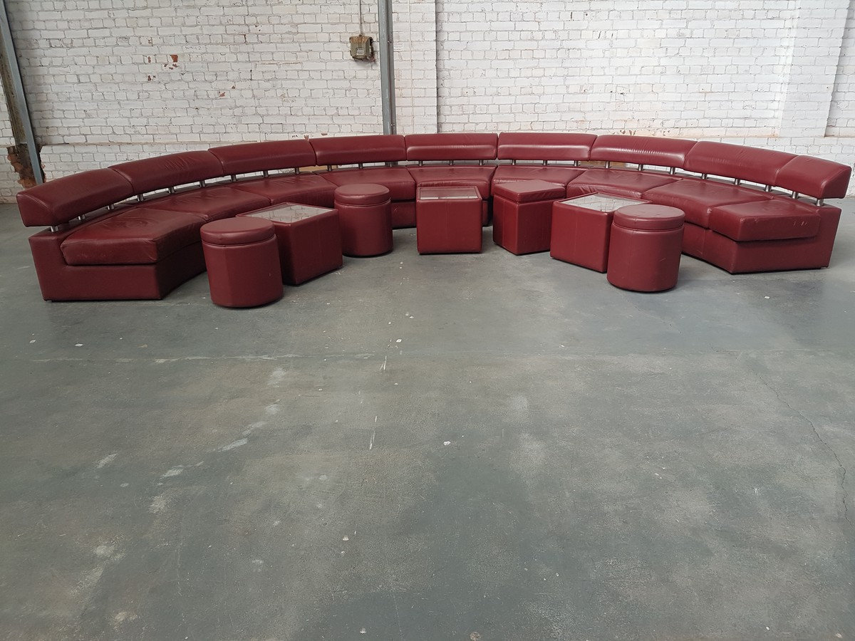 Curved Red Leather Corner Sofa Nottinghamshire
