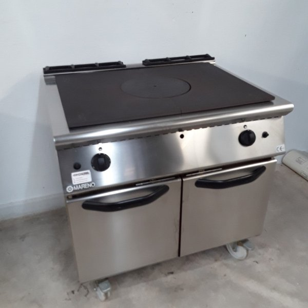 Solid Top Gas Cooker