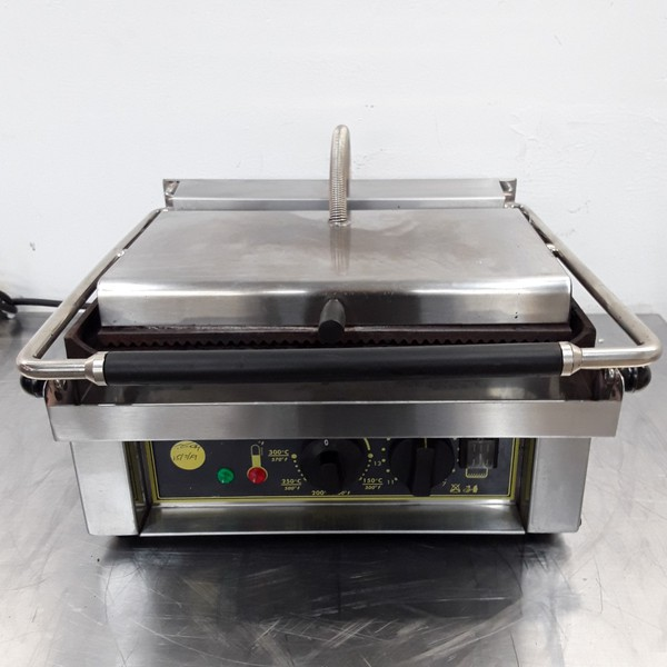 Used Roller Grill  Single Contact Panini Grill	(9698)