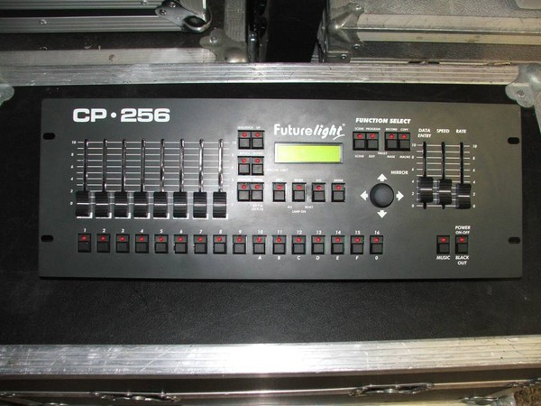 Second Hand FutureLight PSC575 Scanners and 1 x CP256 Controller