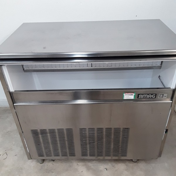 Secondhand ice maker