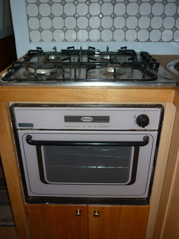 Kitchen Cooker