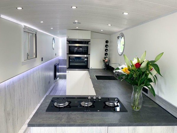 Canal Narrow Beam Dutch Style Barge Narrowboat 57 Foot