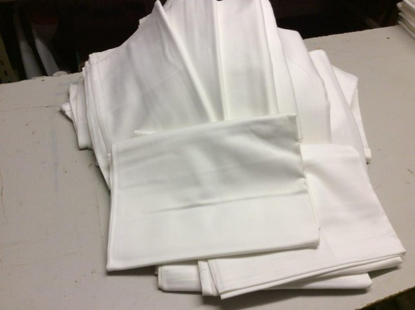 White tablecloths for sale joblot
