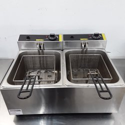 Used Buffalo L485 Double Table Top Fryer 5L (9780)