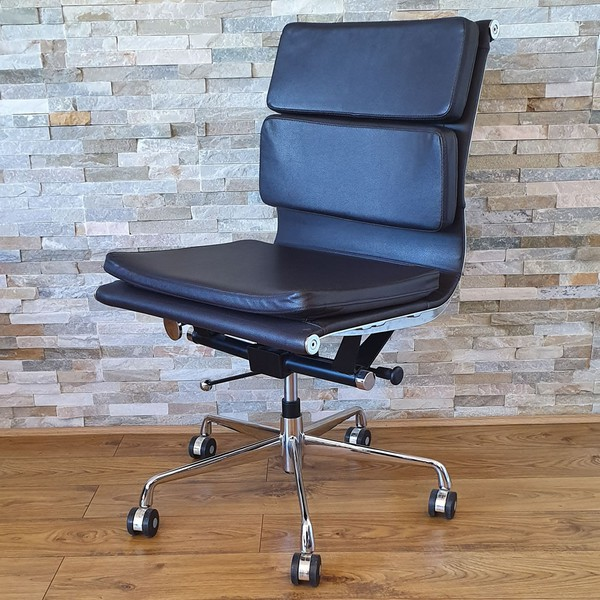 14x Eames Style Leather Office Chair