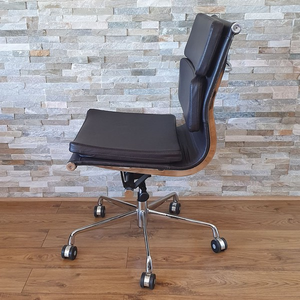 Leather Eames Office Chair