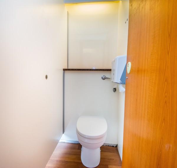 2x Vacuum 4 + 2 Toilet Trailers for sale
