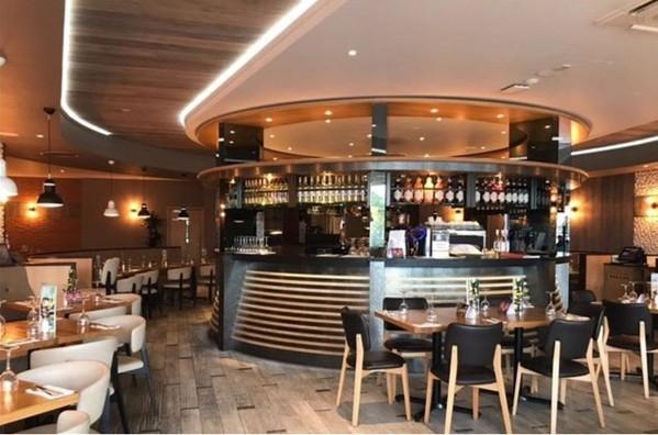 stunning circular bar for sale Bristol