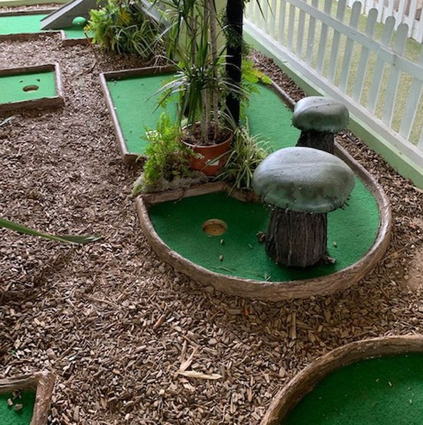 Jungle Mini Golf Course 9 Holes - Woodbridge, Suffolk