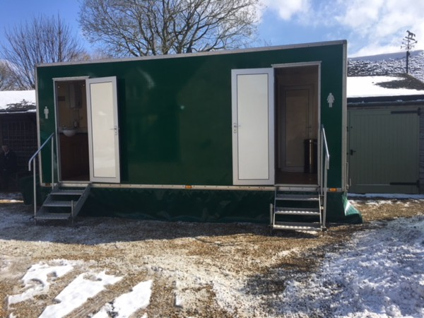 3 + 1 Peagreen Luxury Toilet Trailer
