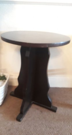 60cm Dark Wood Round Tables