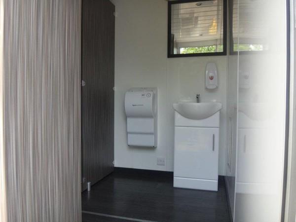 3+1 Toilet trailers