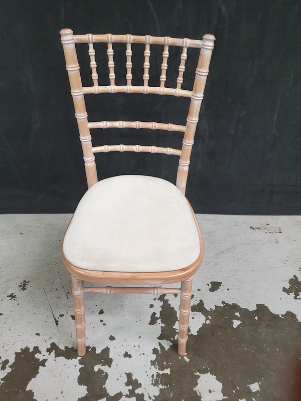 Chiavari Chairs for sale near me
