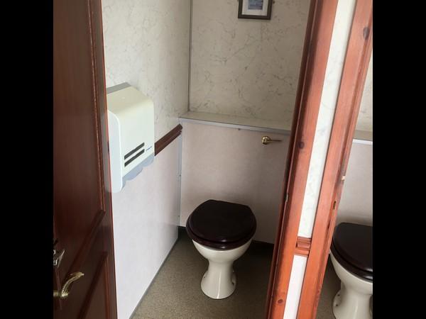 Used Wessington Cabins Luxury 3+1 recirculating toilet unit