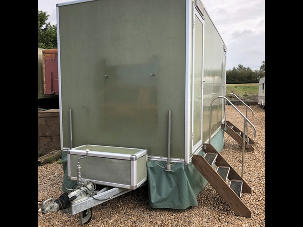 2+1 recirculating toilet units