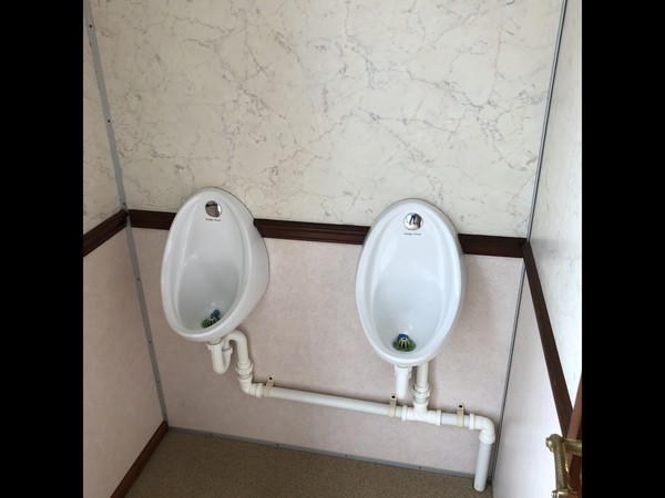 Luxury 2+1 recirculating toilet units