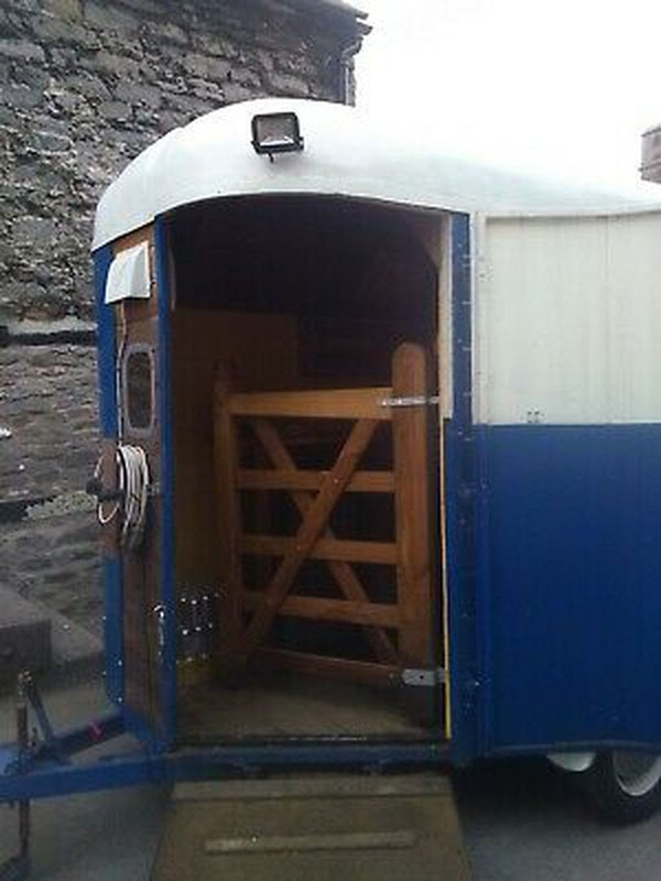 Used Pub / Bar Converted Horse Trailer