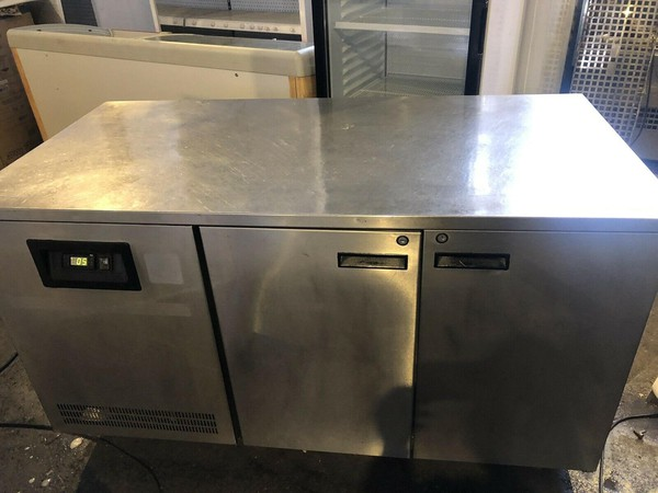 2 Door Pizza Prep Counter Storage Chiller