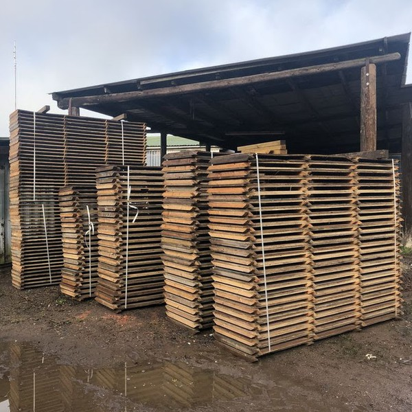 Interlocking plywood wooden flooring