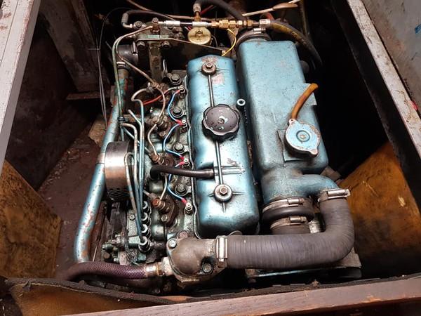 Engine of narrowboat