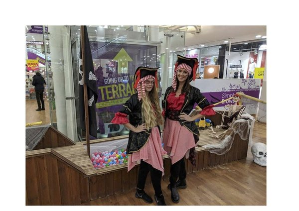 Wooden Pirate Ship Ball Worcestershire