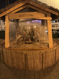 Beautiful Nativity Crib 7ft