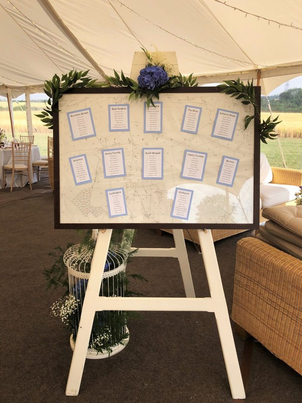 White Wooden Easel - Wiltshire