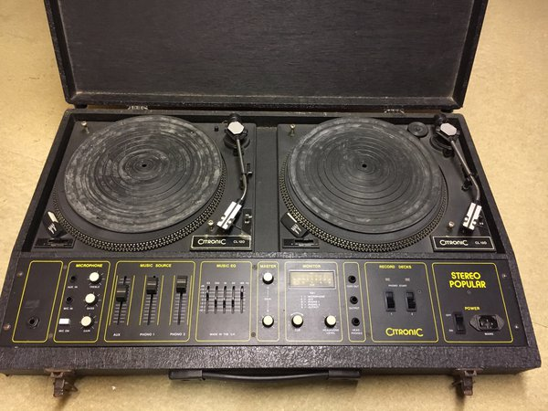 DJ decks for sale