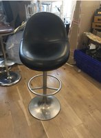 6 johanson bar stools in very good condition