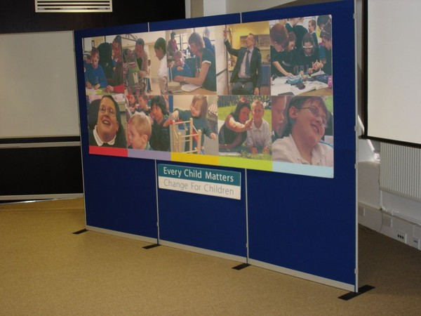 30m x Clip Modular Panel System for exhibitions