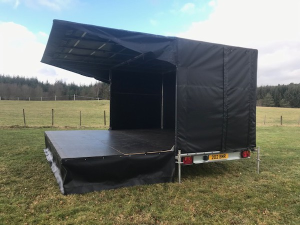 Portable trailer stage