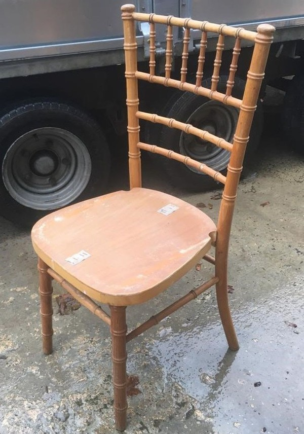 Second Hand Natural Wood Chiavari chairs