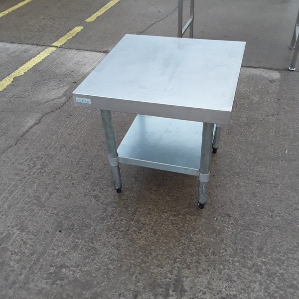 Used Vogue Stainless Steel Stand