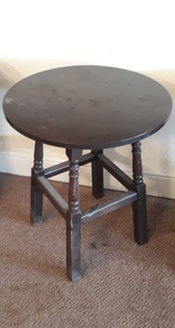 Second Hand Round Tables - Rotherham, South Yorkshire