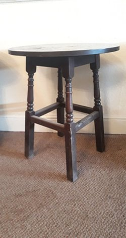 Buy Second Hand Black Round Tables