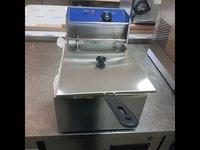Single tank electric fryer