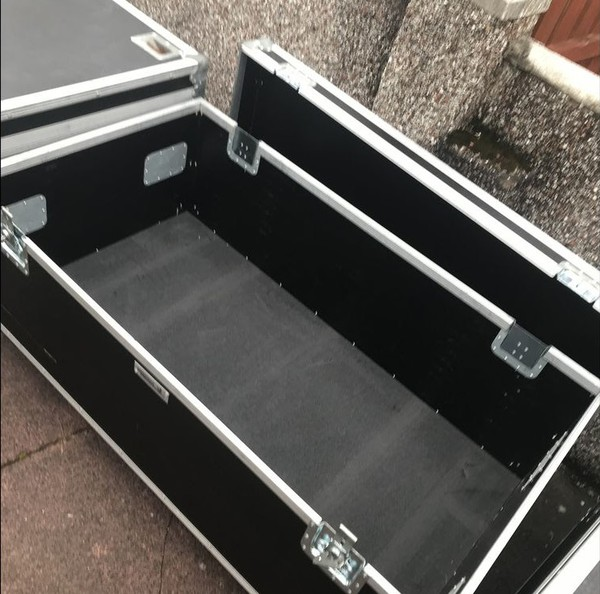 Used Swan Flight Cases For Sale