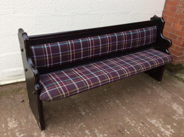 Upholstered Bench / Settle (CODE B330)