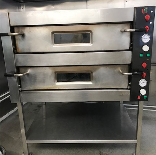 Double Pizza Oven Cuppone Monarch With Stone Base - West Wales