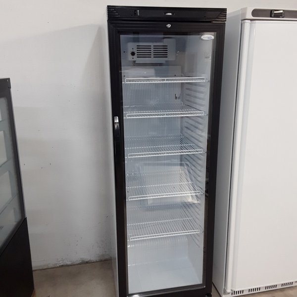 upright fridge