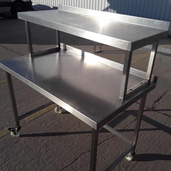 Secondhand steel table