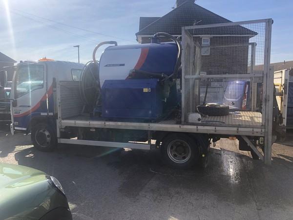 Rappid vacuum tank truck