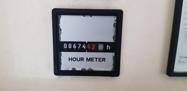 Selling 25 kVA road tow generator