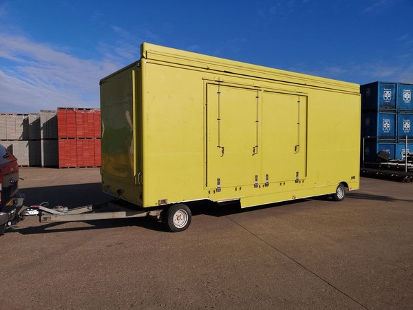 Exhibition Trailer with slide-out seating area