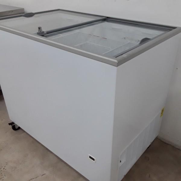 IC-SC range Tefcold ICP300SC Ice Cream Display Freezer